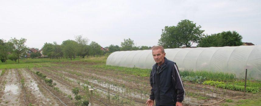Josip Želimovski: Čim padne jača kiša, propadne mi urod
