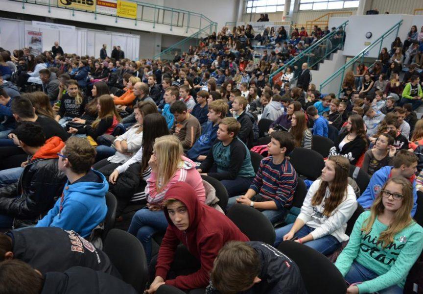 Dan karijera:Na Bjelovarskom sajmu se okupili učenici osmih razreda svih županijskih škola