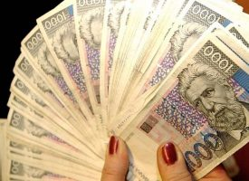 TRAŽI RAČUNE I ULOVI KUNE Porezna uprava nagradila Bjelovarčanku Mariju Ščuric