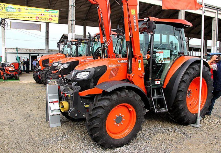 STARO NA NOVO: Na tržištu traktora šarolika ponuda domaćih i uvoznih stojeva