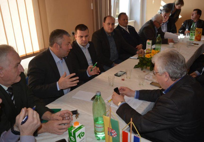 POVIJESNI SUSRET Načelnici općina susreli se sa saborskim zastupnicima: