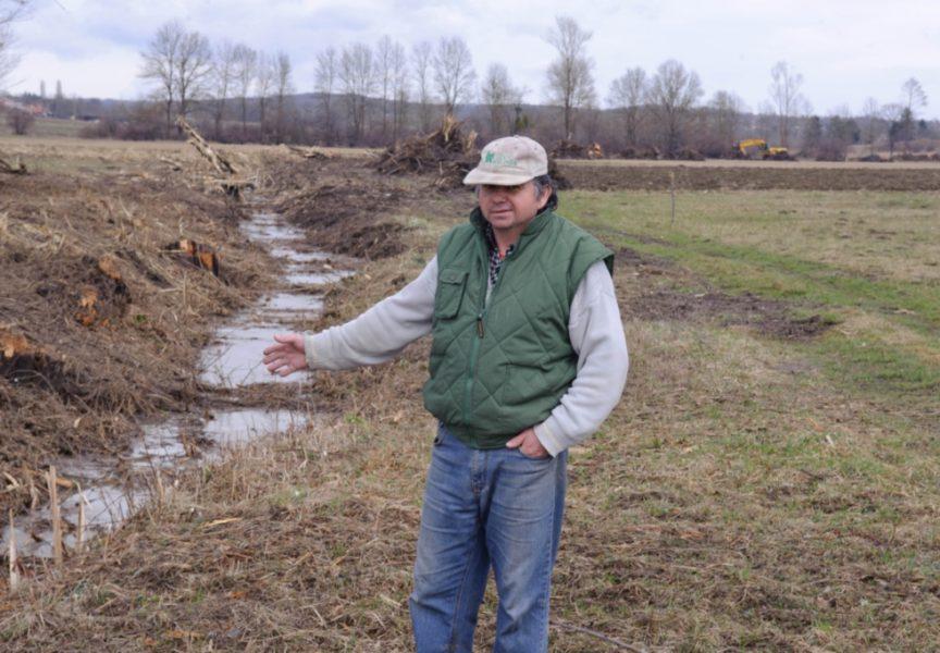 U tijeku je čišćenje kanala u Patkovcu i Prespi