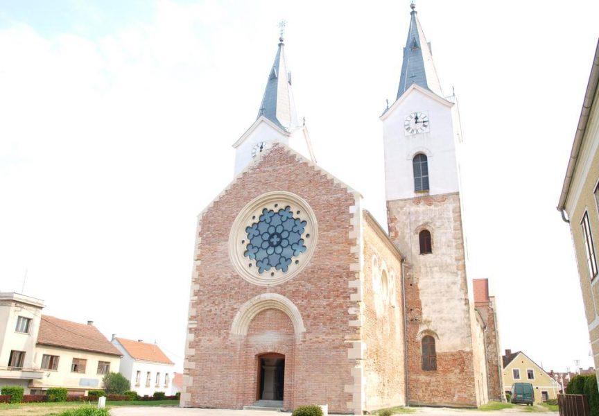 KULTURNA BAŠTINA Za nastavak obnove crkve u Čazmi odobreno 850 tisuća kuna