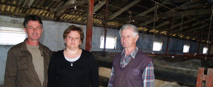 ŽIVOT NA SELU Godišnje na svojoj farmi utove 60-ak grla junadi