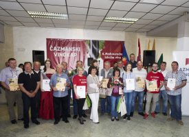 ČAZMANSKI VINOKAP Po prvi puta titulu šampiona odnijelo je jedno hrvatsko vino