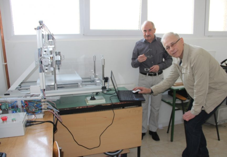 U Obrtničkoj školi sami napravili CNC stroj