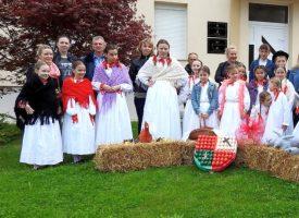 KUD BILOGORA KAPELA Predivna manifestacija malih folkloraša