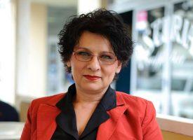 KNJIŽEVNICI AMATERI Bjelovarčanka Snježana Vurnek osvaja čitatelje svojim prvijencem 'Oprosti'