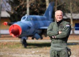 NAŠ HEROJ Bjelovarčanin Ivan Selak prije 25 godina zrakoplovom bivše vojske sletio na zagrebački Pleso