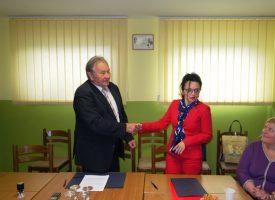 POTPORA ŽUPANIJE Umirovljenici Šandrovca i V. Trojstva dobili financijsku potporu za svoje projekte
