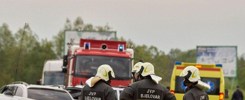 BJELOVAR U ŠOKU Stravična prometna nesreća na sjevernoj obilaznici, petero poginulih