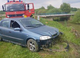 NESREĆA Garešničanka automobilom sletjela u rječicu Toplicu