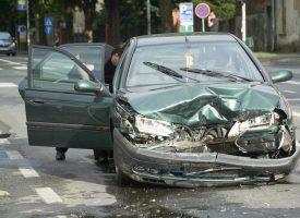 PROMETNA NESREĆA U CENTRU GRADA Nema teže ozlijeđenih, šteta na automobilima značajna
