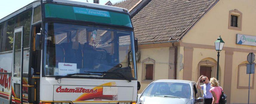 SUDAR Autobus i automobil sudarili se u centru grada