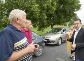 OBILAZAK Gradonačelnik Hrebak sa suradnicima obišao radove u Radničkom naselju