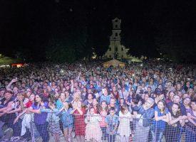 TEREZIJANA 2017 Jelena Radan i grupa Vigor zabavili Bjelovarčane i ispunili središnji park