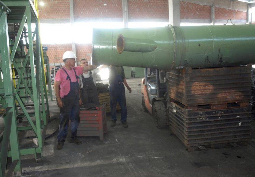 POSLOVNA POLITIKA Počela s radom novoizgrađena hala RS Metala
