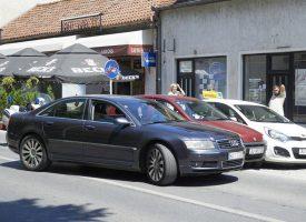 PROMETNA NESREĆA NA RADIĆEVOM TRGU Tri auta oštećena, nema ozlijeđenih