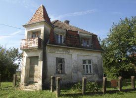 NEKRETNINE Cijene čitavih seoskih imanja i dalje bilježe strmoglavi pad