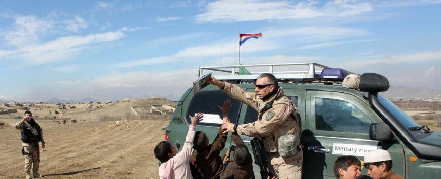 U ZEMLJI NESKLADA Potresna sjećanja Željka Smešnjaka na mirovne misije u Afganistanu