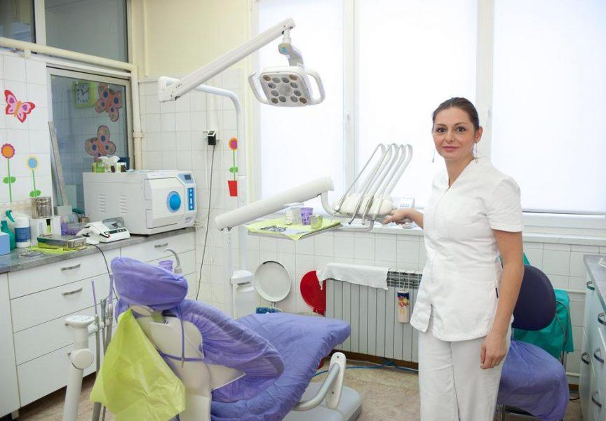 MJESEC ORALNOG ZDRAVLJA Zdravim zubima do zdravog života