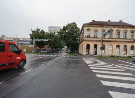 GRADSKA RUGLA Oronula pročelja i neuređen okoliš u Ulici Matice hrvatske