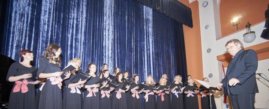 VOX FEMINAE Popularni ženski zbor održao humanitarni koncert koji je oduševio publiku