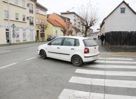 PROBLEMATIČNE PROMETNE TOČKE U CENTRU Vol. 2 Izlazak iz Šenoine ulice na Maticu hrvatsku i dalje nepregledno i riskantno