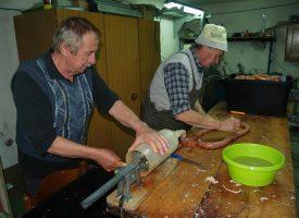 ZIMSKO VRIJEME U bjelovarskom kraju otvorena sezona kolinja