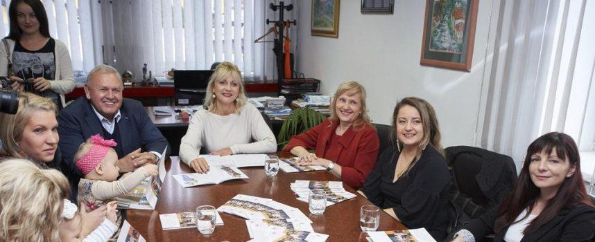 ŽUPANIJSKI KUTAK Dr. Čatipović: Lijepo je biti predstavnik prve županije koja je prijatelj dojenja