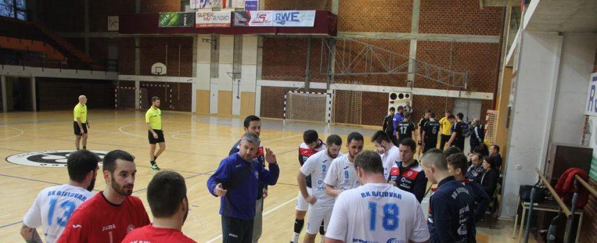 NAKON DVA TJEDNA PRIPREMA Rukometaši Bjelovara krenuli s pobjedama