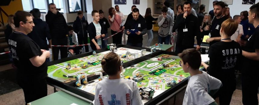 MALI GENIJALCI Veliki uspjeh mladih bjelovarskih robotičara