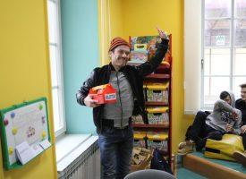 SMIJEH NIJE GRIJEH Mario Petreković nasmijao do suza učenike na Dječjem odjelu knjižnice