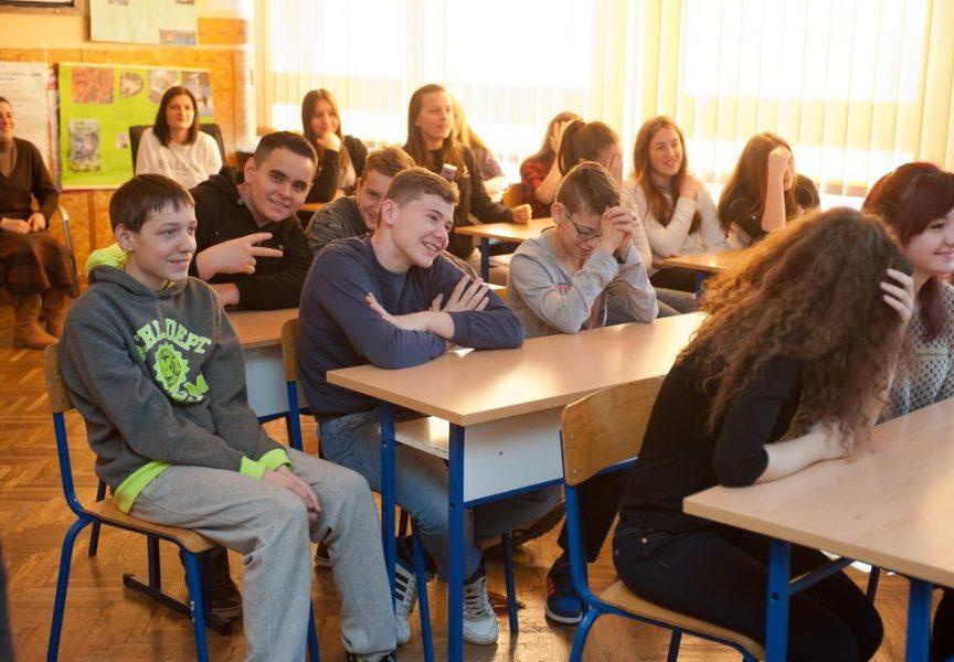 KURIKULARNE MUKE Dobiva li građanski odgoj novi okvir u gradskim školama?