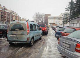 JESTE LI ZNALI? Kada snijeg zabijeli parkirno mjesto, nije potrebno platiti parkirnu kartu