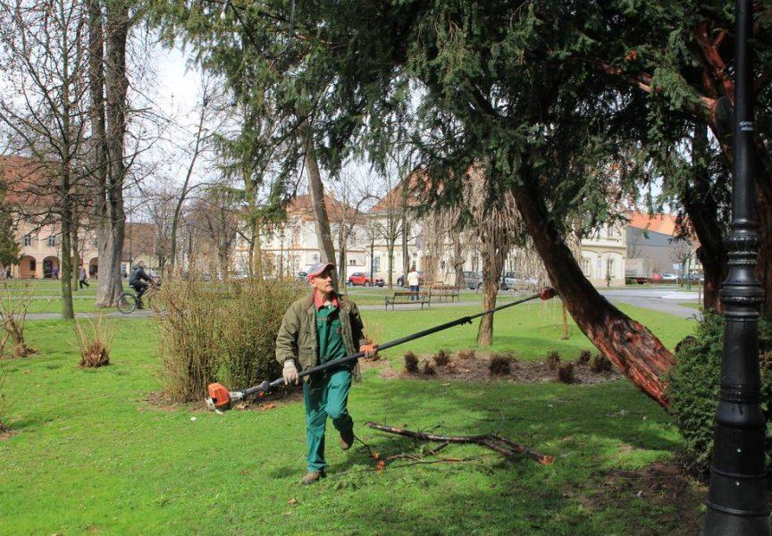ZELENILO OKO NAS Nestabilno vrijeme ometa uređenje parkova, ali dobar dio posla je već obavljen