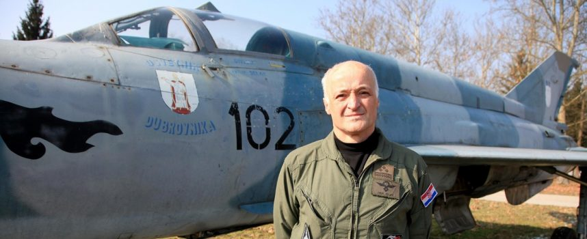 UMIROVLJENI PILOT IVAN SELAK Trebali smo kupiti manje istrošene borbene zrakoplove