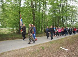 PUTEVIMA BJELOVARSKIH BRANITELJA Učenici na terenskoj nastavi o doprinosu bjelovarskih branitelja u Domovinskom ratu