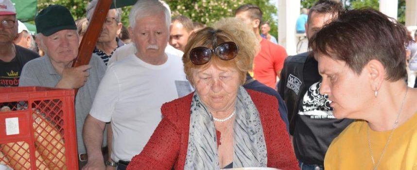GRAHA I IGARA Bjelovarčani u središnjem parku obilježili Međunarodni praznik rada