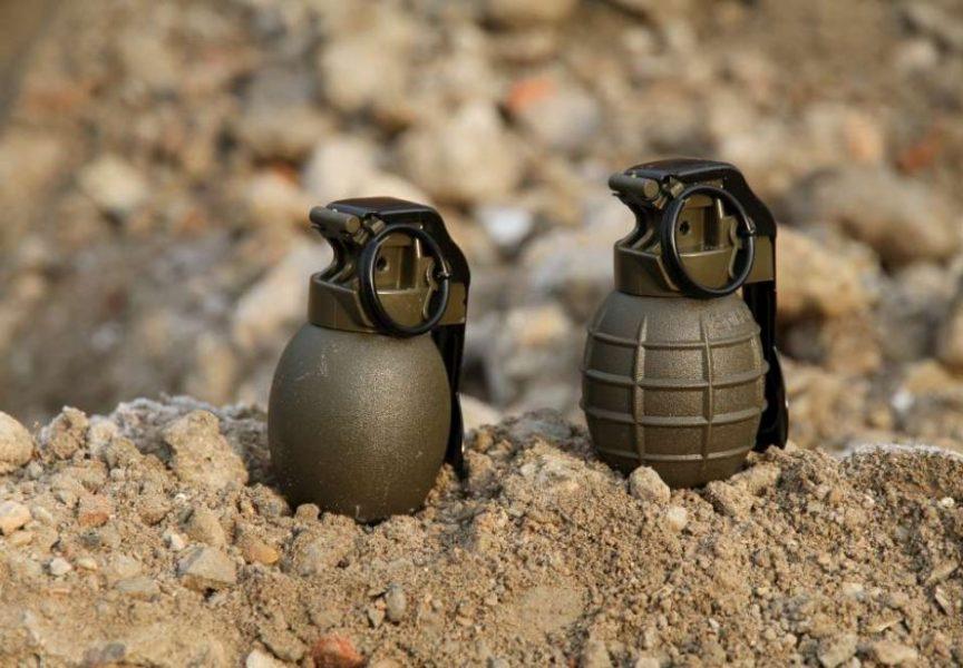 PRONAĐENA BOMBA U VRTU Građanin prilikom obrade vrta naletio na neeksplodiranu bombu
