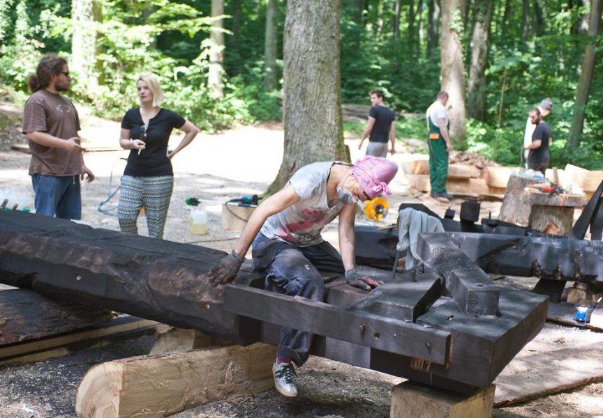 SVIJETLE PRUGE Krenula tradicionalna likovna radionica na galeriji drvenih skulptura