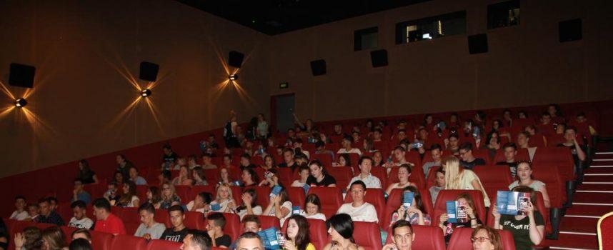 PREVENCIJA HULIGANIZMA Bjelovarski srednjoškolci ispunili kino do posljednjeg mjesta