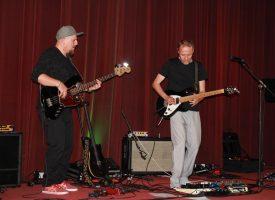 VIDEO – JAZZ AFTER SHOCK Nebojša Buhin, nagrađivani bjelovarski gitarist s kolegama održao koncert u KMC-u
