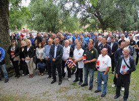 SUSRET PRIJATELJA U 'Lugu' se okupili hrvatski branitelji i obilježili Dan državnosti