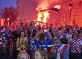 PADA I ISLAND Bjelovarčani će i večeras imati priliku navijati ispred velikog video zida u samom centru grada