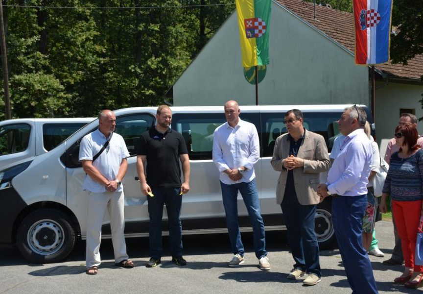 ŽUPANIJSKI KUTAK Županija osigurala 222 tisuće kuna za vozila županijskih sportaša
