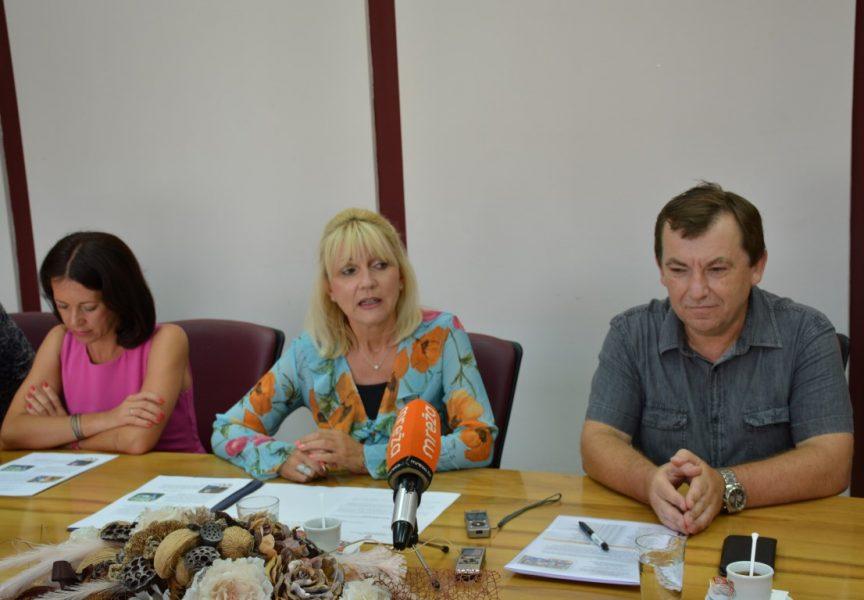 ŽUPANIJSKI KUTAK Članovi šahovskog kluba 'Ivan Dvoržak' na prijemu u BBŽ