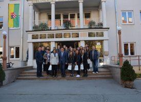ŽUPANIJSKI KUTAK Župan Damir Bajs primio pobjednički razred