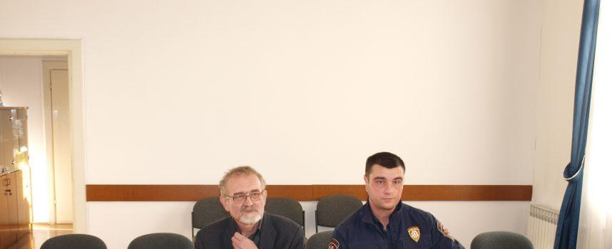 POČELO SUĐENJE POZNATOM NOVINARU Pemper se ne osjeća krivim za pokušaj ubojstva