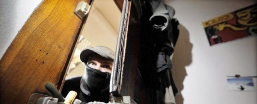 SERIJA PROVALA Na meti lopova se našle kuće i automobili